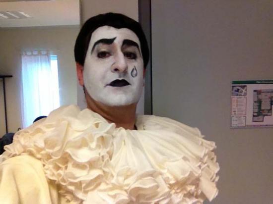 L'Aiglon Honegger, Pierrot loge